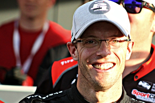 Bourdais captures pole in Phoenix qualifying